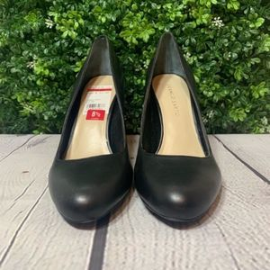 NEW Franco Sarto | Black Pumps